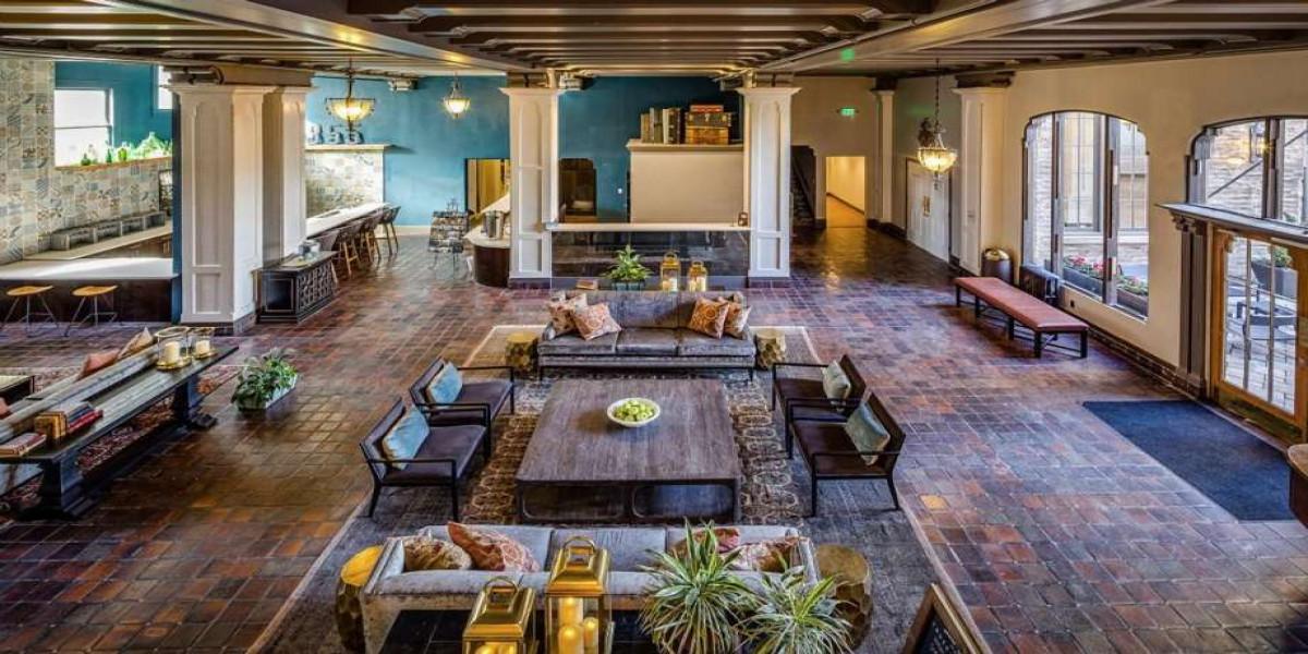 San Francisco Chronicle Features Hotel Petaluma - November 8, 2017